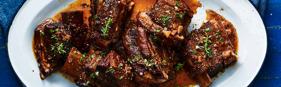 5 Ingredients Slow Cooker (The Australian Women's Weekly) Cooking a delicious meal has never be