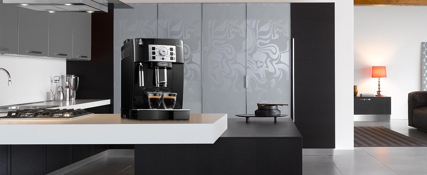 Delonghi ECAM 22.110 automatic coffee machine. Bean to cup