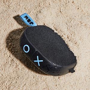 waterproof speaker, dustproof speaker, dirtproof speaker, wireless bluetooth waterproof speaker