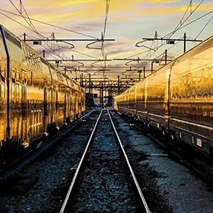 Picture of a high contrast train tracks