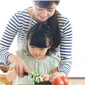 子ども キッチン 安心 料理 油ハネ やけど ご年配