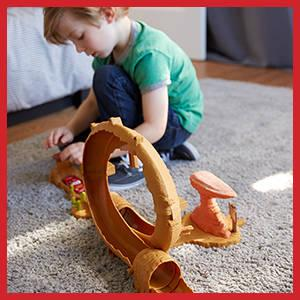 Cars 3 Willy's Butte Transforming Track Set