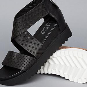 756b481f8aad Amazon.com  STEVEN by Steve Madden Women s Nc-Klein Sandal  Shoes