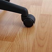 ②椅子の騒音を軽減する