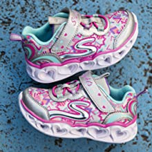 Skecher girls kids light-up shoes