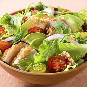 <おすすめレシピ>ボリュームたっぷりブランチサラダ