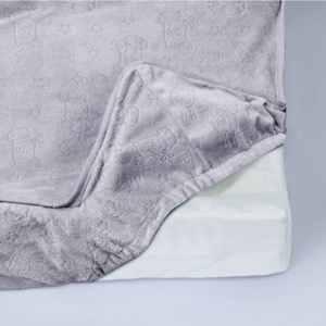 serta contoured changing pad elastic elasticized edges secure