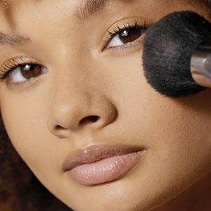 How to apply Setting Powders