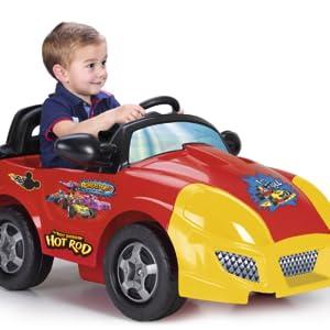 Fantástico coche de la serie Mickey & Los Superpilotos. Funciona con motor y batería de 6v. Acelerador en el pie y freno eléctrico. batería y cargador ...