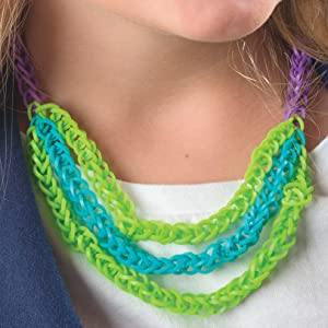 Amazon Com Totally Awesome Rubber Band Jewelry Make Bracelets Rings Belts More With Rainbow Loom R Cra Z Loom Tm Or Funloom Tm Design Originals 12 Creative Step By Step Projects For Hours Of Fun 9781574218961