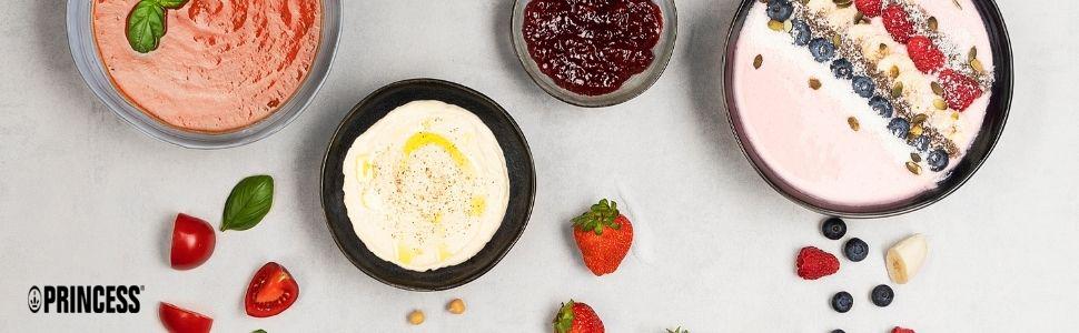 Bannière ambiance Princess : bol de confiture, yaourt, houmous et soupe sur une table