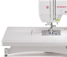 SINGER | Quantum Stylist 9960 Computerized Portable Sewing Machine with 600-Stitches Electronic Auto Pilot Mode, Extension Table and Bonus ...