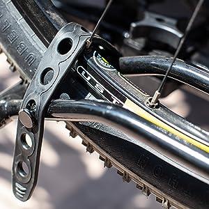 MaxxHaul 50027 Hitch Mount Platform Style 2-Bike Rack