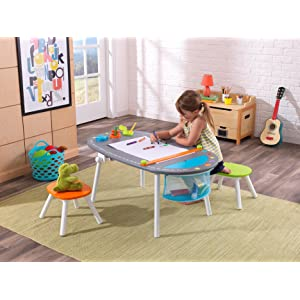 Art Table With Stools