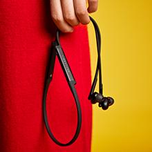 wireless noise cancelling headphones light weight