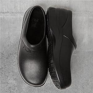 d242382d37d2 Amazon.com: Fila Men's Galvanize Slip Resistant Work Shoes Hiking: Shoes