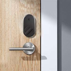 August Smart lock, locked