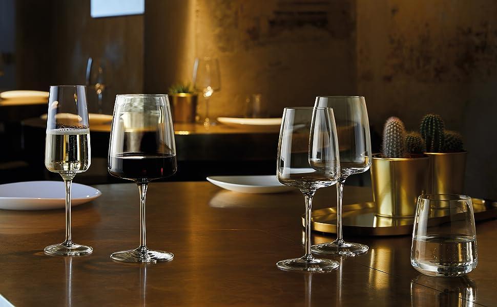 Amazon Com Bormioli Rocco Planeo Red Glass Set Of 4 15 25 Oz Clear Wine Glasses