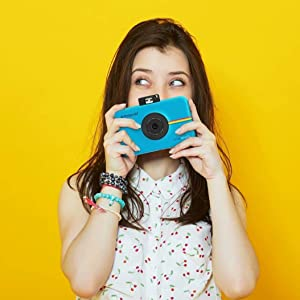teen snapping picture
