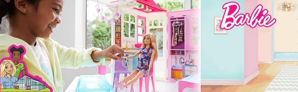 Loft di Barbie con Bambola, Casa ad 1 piano portatile con Piscina e Accessori, per bambine da 3 a 7