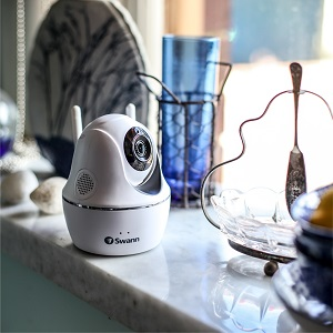 Swann Wireless Pan & Tilt Security Camera: 1080p Full HD