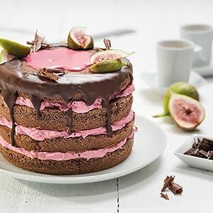 Preciosa Mini tarta de 4 pisos rellena de fresa