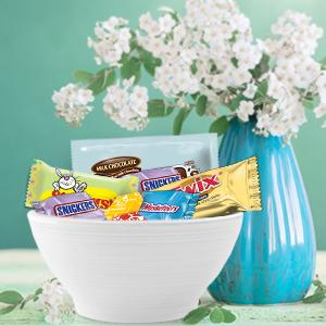 Fill your Easter eggs with sour candy and chocolate bars with a bag of MARS Candy Mixes.