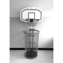 バスケットゴールのついたゴミ箱