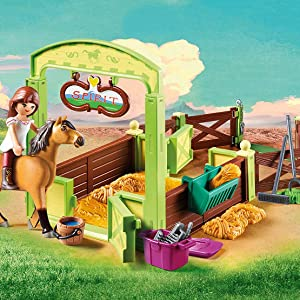 Lucky and Spirit's Horse Stall Playset