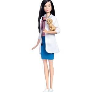 Barbie Veterinaria viene con un perrito