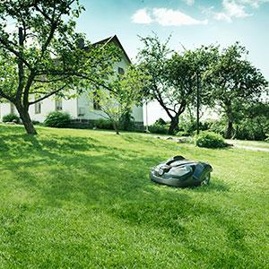 husqvarna 967623405 automower 315 robotic lawn mower needs install kit garden. Black Bedroom Furniture Sets. Home Design Ideas