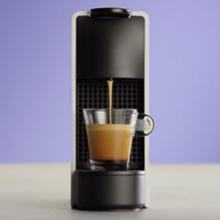 Nespresso Krups Essenza Mini XN1101 - Cafetera monodosis de cápsulas Nespresso, compacta, 19 bares, apagado automático, color blanco