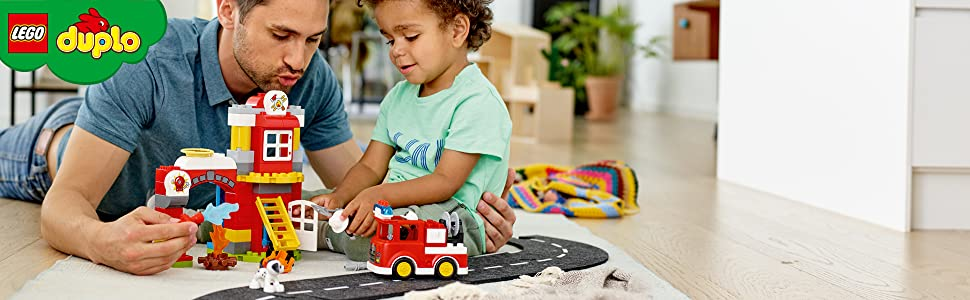 fire-station-bonfire-truck-ladder-water-dog-figure-firefighter-lego-duplo-10903-create-connect