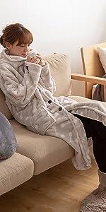 yucussずっとふれていたい羽織るブランケット(着る毛布)