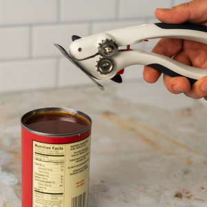 Can Opener Magnet Grabs Lid Lifting for hands-free disposal