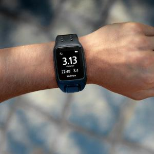 TOMTOM トムトム ランニングウォッチ GPS 腕時計 SPARK スパーク