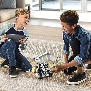 Robotics Kit Provides a Fun, Challenging Build