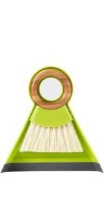 Tiny Team brush cleaner