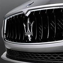 Detalles logotipo coche Maserati
