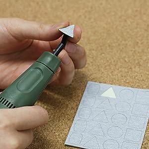 ヤスリ 電動 やすり プラモデル パーティングライン パーツ ガンダム ガンプラ 削る 精密 ゲート ランナー ニッパー 押し出しピン プラスチック 番手 隙間 線 紙やすり 樹脂 木工 ジオラマ