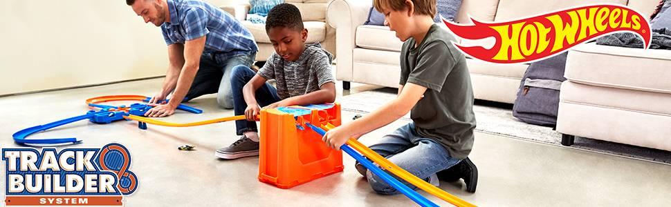 Deluxe Stunt Box de Hot Wheels, para niños de 6 a 12 años