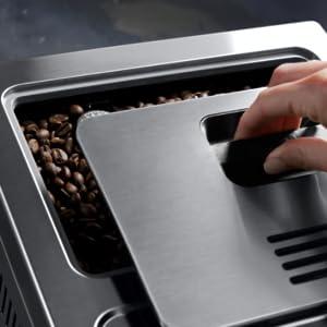 best coffee machine DeLonghi; built in grinder; coffee machines