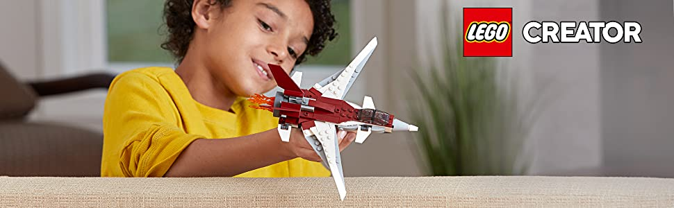futuristic-flyer-jet-aircraft-airplane-red-white-wings-engine-space-ship-lego-creator-31086