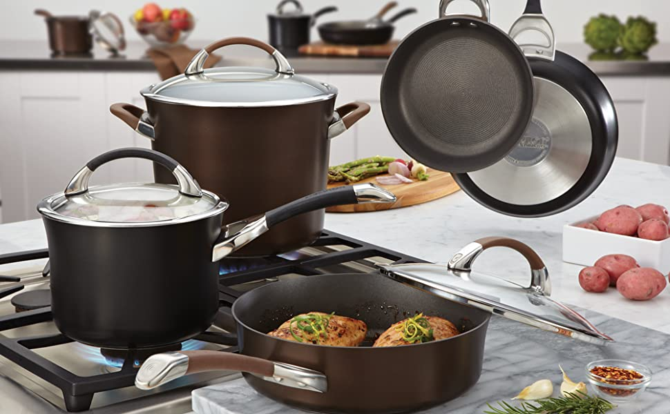 pots and pans, cookware, nonstick cookware, nonstick pans, circulon, circulon cookware