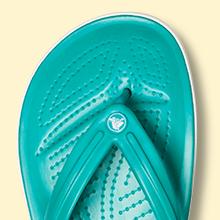 Lightweight design provides maximum comfort.