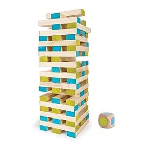 Grote toren met kubus.