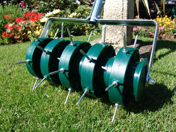 Greenkey Garden And Home Ltd 700 Rolling Lawn Aerator