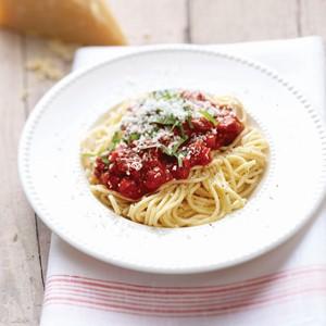 Philips Avance Collection Machine à pâtes Spaghetti sauce tomate