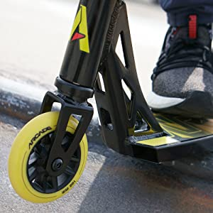 dynamic scooter design