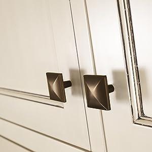 square cabinet knob,square knob,bronze cabinet knob,oil-rubbed bronze knob